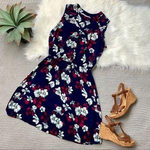 41Hawthorn Stitchfix Tova navy floral button dress
